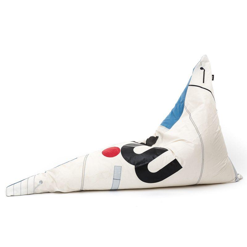 reBlup! sails Bermuda beanbag
